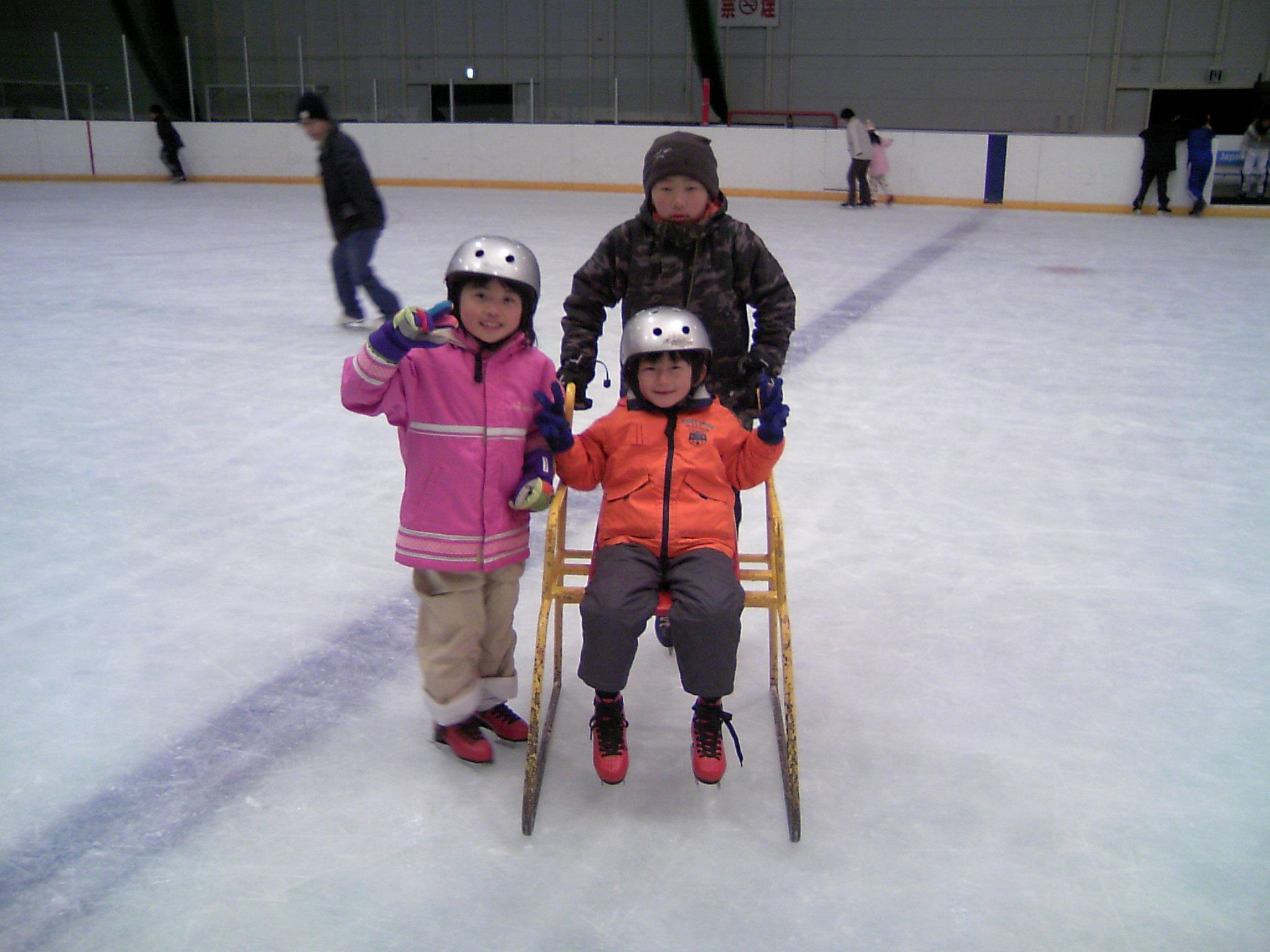 スケート、スケート楽しいな〜